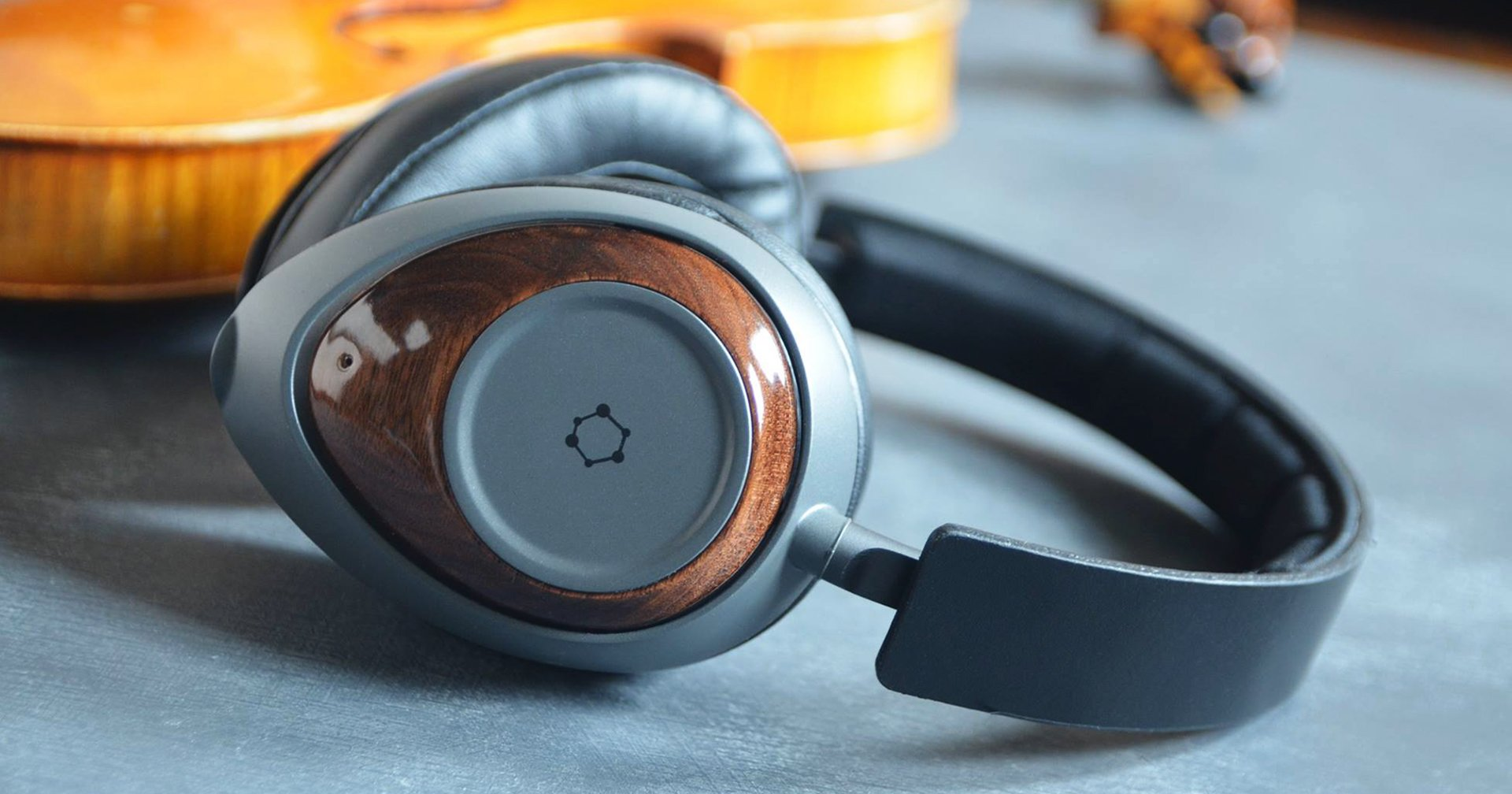 image of Ora Sound Graphene Headphone